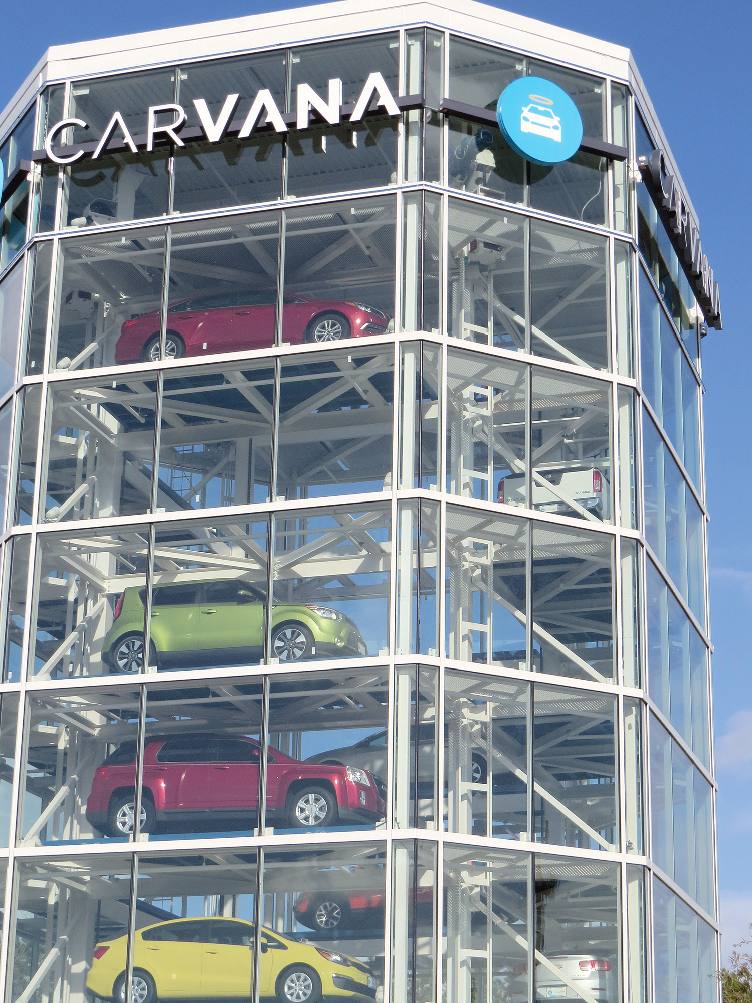 Used Cars Jacksonville >> Carvana tower ready to begin dispensing | Jax Daily Record | Financial News & Daily Record ...