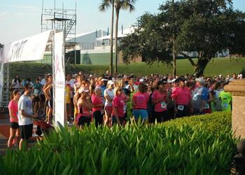 More than 1,500 people took part Saturday in the annual Players Donna 5K presented by Nimnicht Family of Dealerships.